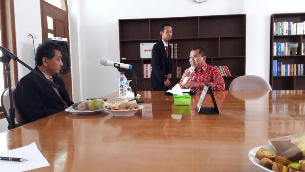 Audiensi Insiera dengan Hamid Fahmy Zarkasyi, Ph.D.